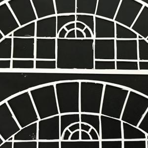 Ost レイアウト製作30  窓枠色塗り、貼り合わせ