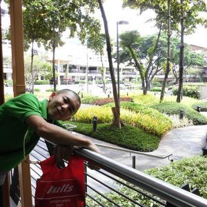 フィリピン留学@SMEAG Day21 握手と、ハグと、英語と、ビニル袋