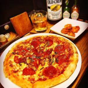 Domino pizza お一人様におすすめ❗️      ピザ1枚+サイドorドリンク1品で1190円セット