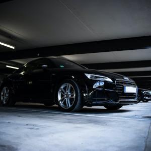 セミリタイアをしても車を持ちたい人必見! お得な駐車場の探し方