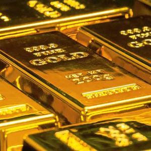 世界は管理通貨制度と信用貨幣:日本は金本位制と実物貨幣