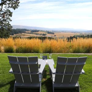 オレゴン州ウィラメットバレー|絶景で飲む秀逸ピノ・ノワール「ペナー・アッシュ」【充実のワイン飲み比べ】