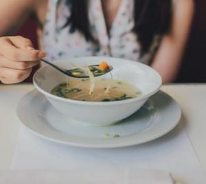 【 スープダイエット 】1週間で脂肪を燃焼し、痩せましょう