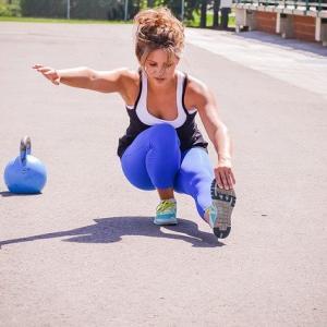 【ひざ関節・股関節のなやみ】1分の体操で予防する方法ご紹介