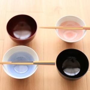 タオルや茶碗やマグカップや箸を家族で共用していますか?それとも分けていますか?各家庭のルールがあるけど