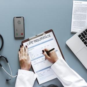 生命保険は詐欺商材のようなもので、シンガポールのようなタックスヘイブンでも関係ないということ。