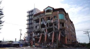 ミンダナオ地震で見たフィリピンの危険すぎる住宅/ミンダナオらしい動画