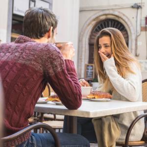 マッチングアプリ 初デートで何話す?困った時はこの5つの話をすれば大丈夫!