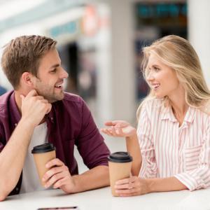 マッチングアプリ 初デートで何話す?困った時の5つの話 女性編