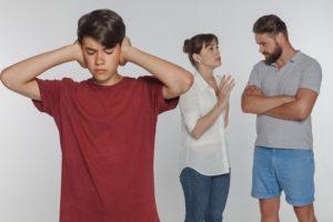 子連れ再婚は難しい 思春期の子供がいる場合に起こりがちな5つの問題と対処法