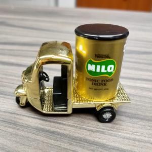 黄金のマイロ(ミロ)バン