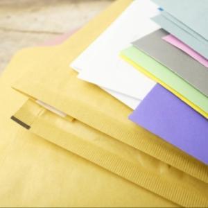 【嫌がらせ?】度肝を抜いた大量の郵便物の正体。