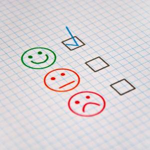 ネガティブ・辛い表現を、前向き・楽しいポジティブな言葉に言い換える