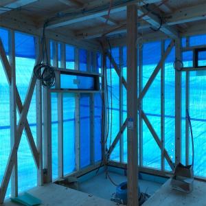 棟上げから1ヶ月の変化/注文住宅/断熱材の施工事例