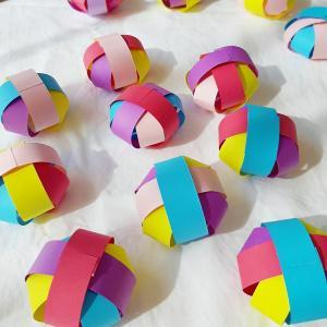 画用紙で簡単 ぼんぼり風ひな祭り飾り