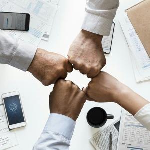 【書評】『人材マネジメント入門』に学ぶ企業別マネジメントスタイルの考え方。