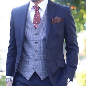 「セレクトショップが作るオシャレなベスト」スーツスタイルを華やかに彩るベスト作例