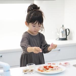 2歳児にできる料理の手伝い!台所育児のコツと気をつけたいこと!