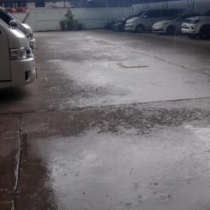 突然の雨に打たれて〜