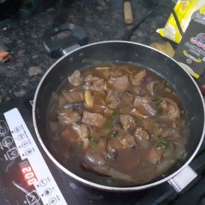 ローカル牛肉