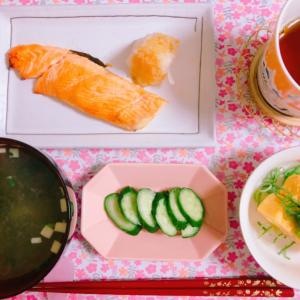 【食】鮭の塩焼き×明太子卵焼き×きゅうりの浅漬け