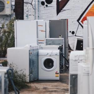 一人暮らしに必要な家電の費用はいくら?セットと個別どちらが安い?