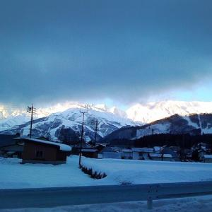 子供とスキーに行こう!スキー場駐車場が無料で予約できる!