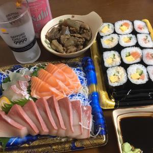 寿司と刺身の贅沢晩ごはん