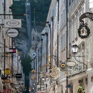 オーストリア情報 コロナ状況 ザルツブルク音楽祭2020 イエーダーマン