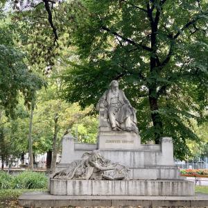 ウィーンのブラームス像とオーストリア新型コロナ状況 去年の今頃は。。。