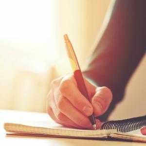 読書感想文の書き方をわかりやすく解説(中学生向け)