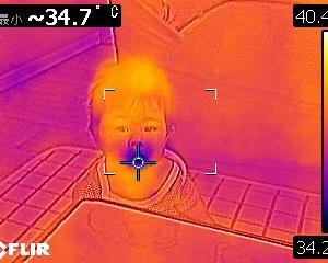 今街中でもよく見掛けるサーモグラフィカメラでの体温測定は無意味?