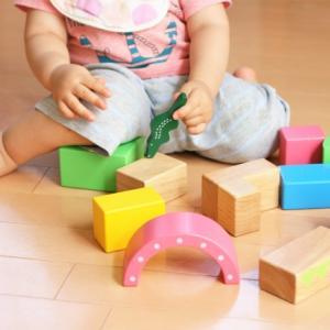 0歳,1歳から保育園に預けても可愛そうではない理由。早くから保育園のメリットとは