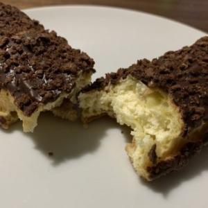 【コンビニ】サクっと食感のチョコスティックドーナッツ