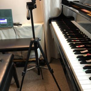 ピアノの真上から動画撮影