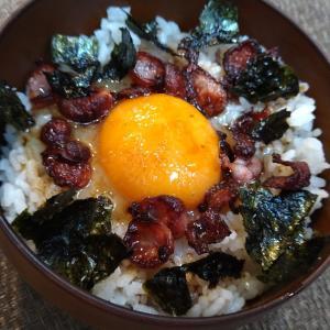 定番の朝食おかずで作る卵かけご飯【トリオTKG】