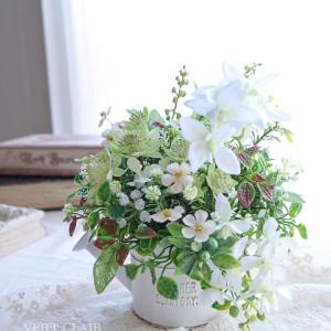 ホワイト×グリーンのさわやかアレンジ♡作品の紹介♡