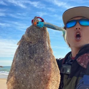 【サーフヒラメ】ベイトを見つけたらこのワームを投げろ!朝1時間の短時間釣行、クイックセットヒラメ