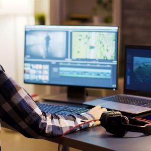 動画編集でオススメのソフトはAdobeプレミアです【稼げる副業】