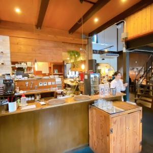 【TUKUHIKO(ツクヒコ)/草津市】南草津にあるお洒落なアンティークカフェ