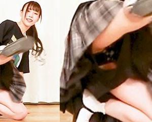 【コミュニティ動画付き】ニート女子の乳揺れHAND CLAP。SYUNAちゃんの柄付き黒パンツがみれるパンチラ踊ってみた。その他気になった脚フェチ向け動画3作品を添えて。
