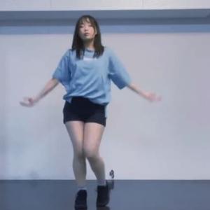 HYKちゃんの脚とお尻で抜くしかない怒涛の新作4種を紹介。顔がお気に入りなサポート要員を添えて。その他引きこもり女子のまったり揺れや踊ってみた女子のパン線などなど。新作踊ってみたBEST10を紹介。
