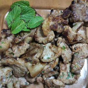 男の家庭ジビエ料理♪猪ロースのチーズバジル焼き