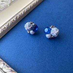ブルーの水引ビジューピアスとみょうが結びのピアスお届けしました。