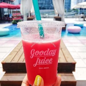 ピンクサンドビーチで味わう100%生スイカジュース @横浜ベイクォーター