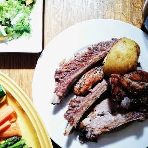Restaurant Booo(レストラン ブー)キッチンカーで絶品ホロホロスペアリブ @妙蓮寺テラス