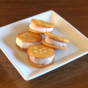 俺のレアチーズサンドクッキー