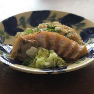 ヌチグスイ料理「三枚肉の炊き込みメシからのオキナワポークライス」