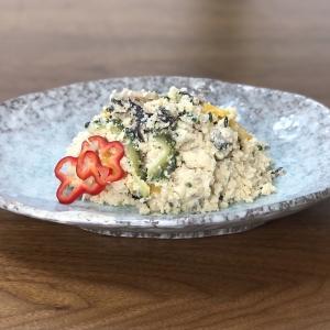 島野菜で作るウカライリチー(沖縄のおからの炒め煮)