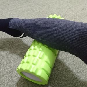 【健康】筋膜リリースローラー歴1年。マッサージ感覚で継続中。